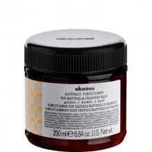 Davines ALCHEMIC CONDITIONER (golden) - Кондиционер «АЛХИМИК» для Натуральных и Окрашенных Волос (ЗОЛОТОЙ) 250мл